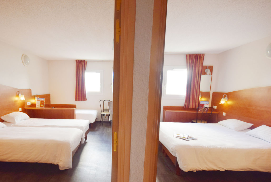 Best hotel reims pompelle hotel reims avec restaurant for Hotels reims