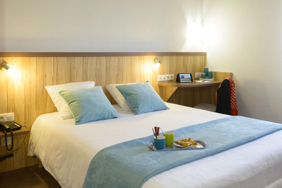 hotel reims best hotel reims croix blandin site officiel. Black Bedroom Furniture Sets. Home Design Ideas