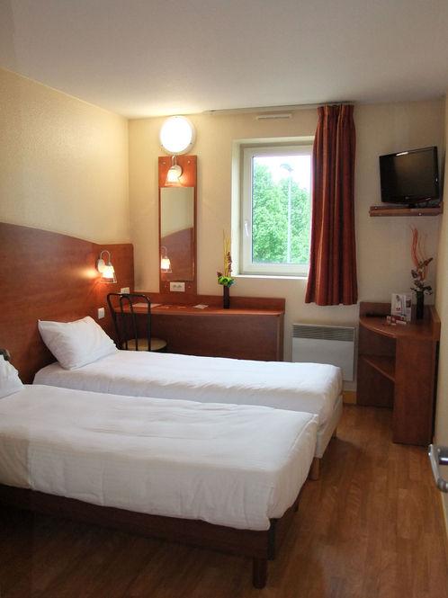 Hotel grigny best hotel grigny officiel meilleur prix for Meilleur prix hotel